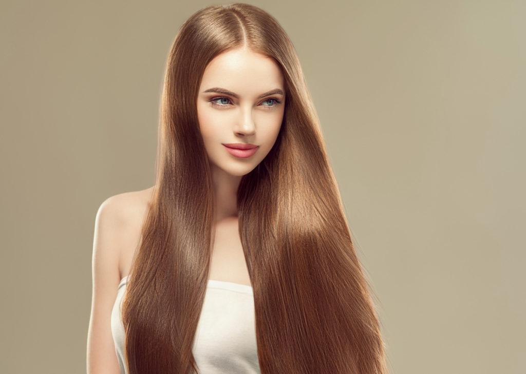 ヘアカラーの傷みケア〈カラーやブリーチした髪に効くトリートメントで水分・栄養を与えましょう〉